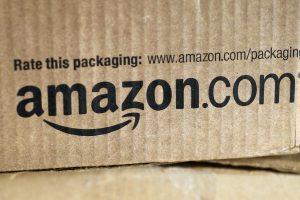 """Iš """"Amazon"""" internetinės parduotuvės išimta serijinio žudiko knyga"""