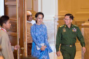 Mianmaro lietuvės: nereikia tikėtis, kad atsirado angelas, kuris išgelbės šalį