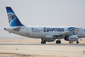 """Sudužusio """"EgyptAir"""" lėktuvo juodoji dėžė įrašė ir žodį """"gaisras"""""""