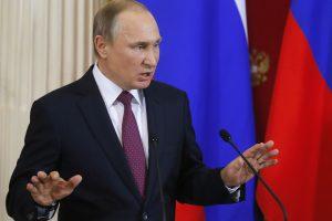 V. Putinas stoja už D. Trumpą, Europa – už NATO