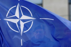 NATO sukritikavo JT branduolinių ginklų uždraudimo sutartį