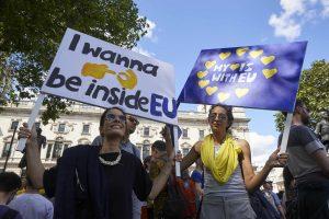 """Po """"Brexit"""" padažnėję rasizmo atvejai kelia grėsmę Britanijos įvaizdžiui"""