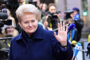 D. Grybauskaitė paspaus ranką D. Trumpui