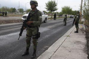 Meksikoje slaptose kapavietėse aptikti mažiausiai 242 žmonių palaikai