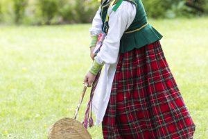 XIX a. mada Lietuvos kaime – net septyni apatiniai sijonai