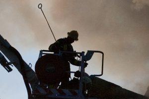 Vilniaus rajone nepavyko atgaivinti iš degančio namo išnešto vyro