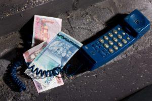 Klaipėdietė sukčiams atidavė 4,5 tūkst. litų