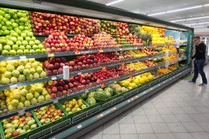 Pirkėjų krepšeliuose – net 20 proc. daugiau vaisių ir daržovių