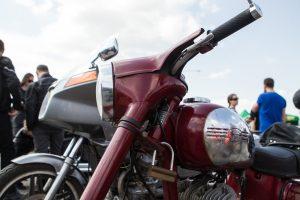 Daugėja norinčiųjų vairuoti motociklą