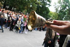 Moksleiviai palieka Lietuvą dėl prestižinio brandos atestato