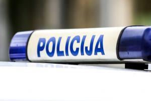 Girta kriminalinės policijos tyrėja Alytuje sukėlė avariją