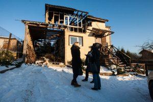 Iš degančio namo spėjo pasiimti tik vaikus ir dokumentus