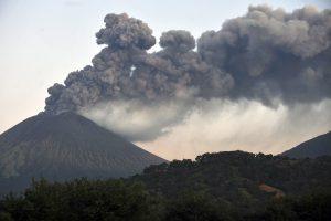 Išsiveržė San Kristobalio ugnikalnis