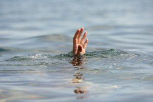 Vandens telkinyje rastas policininko kūnas