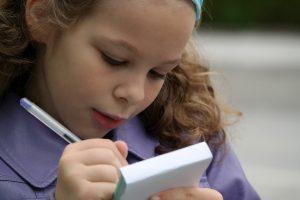 Ar XXI a. vaikai – tikrai beraščiai?