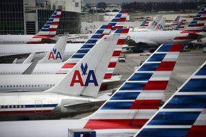 Skandalo dėl elgesio su keleiviais epicentre – dar viena JAV aviakompanija