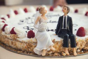 Prasideda didysis vestuvių metas (kas susituoks vasaros pradžioje?)