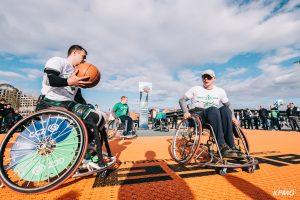 """Kauniečius išjudino """"Žalgirio"""" 3×3 turnyras: rungėsi ir neįgalieji"""