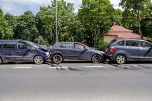 Vytauto prospekte – keturių mašinų avarija