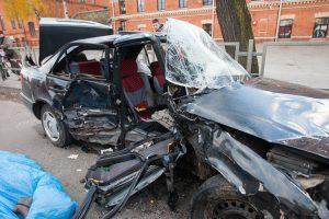 Tragiška avarija Šančiuose: žuvo moteris, dar 4 žmonės sužeisti