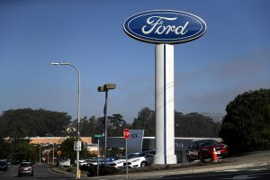"""""""Ford"""" Šiaurės Amerikoje atšaukia 1,5 mln. automobilių"""