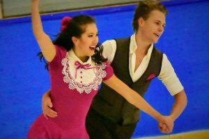 Skiriasi šokėjų ant ledo S. Ambrulevičiaus ir T. Tran pora