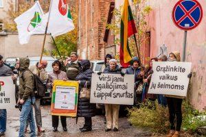 Smurtas prieš vaikus: Lietuva pasidalijo į dvi stovyklas