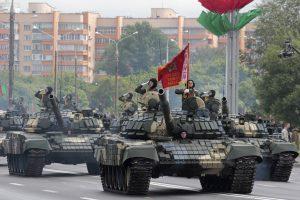 Minskas: NATO pajėgų dislokavimas Baltarusijos pašonėje skatina imtis priemonių