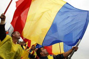 Europos Parlamentas įšaldė 100 mln. eurų paramą Moldovai