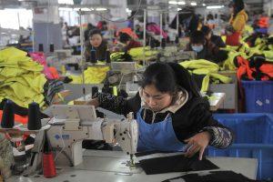 Harvardo profesorius: Kinija kelia didžiausią grėsmę pasaulio ekonomikai