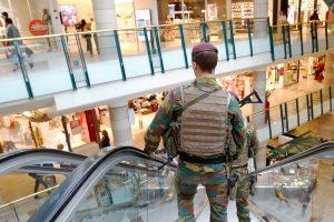 Prie Briuselio prekybos centro areštuotas vyras su netikru savižudžio diržu