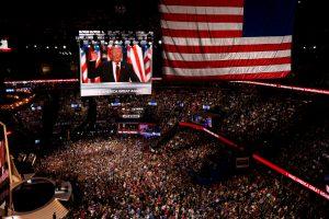 Demokratija leidžia manipuliuoti rinkėjų nuomone