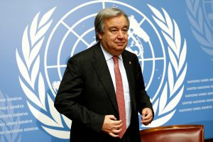 Buvęs Portugalijos premjeras tebepirmauja varžybose dėl JT vadovo posto