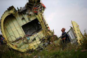"""Per lėktuvo numušimo Ukrainoje metines atidengs """"gyvąjį memorialą"""""""