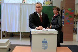 V. Orbanas tikisi, kad vengrai balsuos prieš migrantus