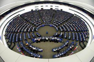 Europos Parlamentas patvirtino 2017 metų ES biudžetą