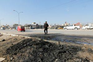 Bagdado turguje sprogus automobiliui žuvo mažiausiai devyni žmonės