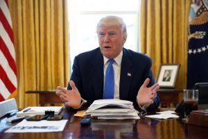 D. Trumpo kalbiniai akibrokštai: koks jų tikslas?