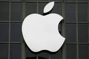 """Australija skyrė """"Apple"""" 9 mln. dolerių baudą"""