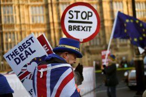 """Prezidentė: """"Brexitas"""" be susitarimo gali būti geriau nei užsitęsęs chaosas"""