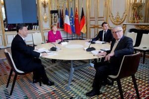 Xi Jinpingas: ES ir Kinija nepaisant abipusių įtarimų juda pirmyn