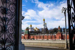 Kremlius: šimtmečius trukęs romanas su Vakarais baigėsi