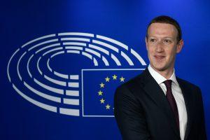 """ES įspėja """"Facebook"""": kantrybė dėl paslaugų teikimo sąlygų – prie išsekimo ribos"""