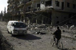 Per reidus prieš sukilėlių anklavą Sirijoje žuvo 24 civiliai