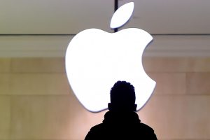 """Airija: sprendimu dėl """"Apple"""" mokesčių ES pažeidžia suverenitetą"""