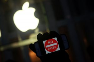 Kodėl pasaulio milijardieriai bijo mažyčių startuolių?