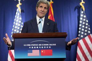 Kinijos naikintuvai nesaugiai perėmė JAV žvalgybos lėktuvą