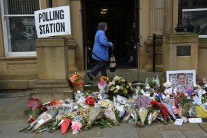 Britų parlamentarę nužudęs vyras bus teisiamas rudenį
