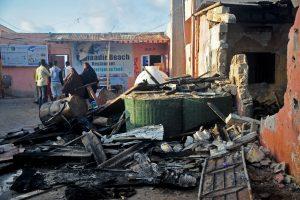 """Somalyje per """"al Shebab"""" išpuolį žuvo mažiausiai 10 žmonių"""