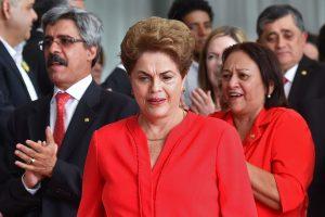 Po D. Rousseff atstatydinimo Venesuela ir Brazilija atšaukė ambasadorius